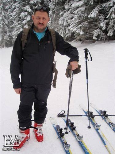 Karcsi 2010 társkereső