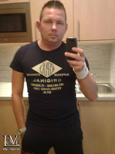 Arnold262626 társkereső