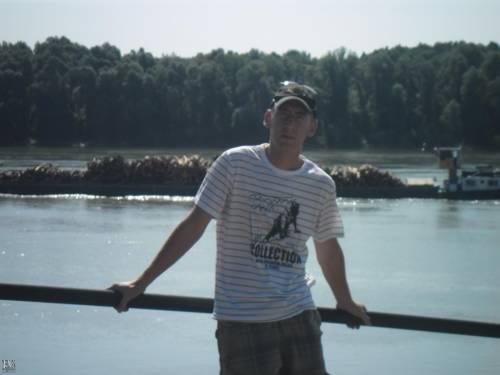 honved02 társkereső