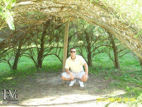 geratomi társkereső