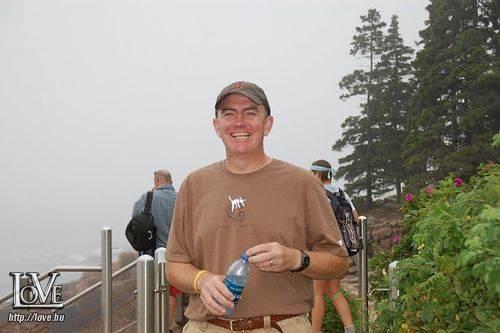 Peter Adams társkereső