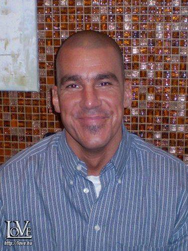 paul gaultieri társkereső