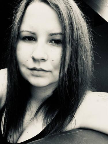 Minnie_ társkereső