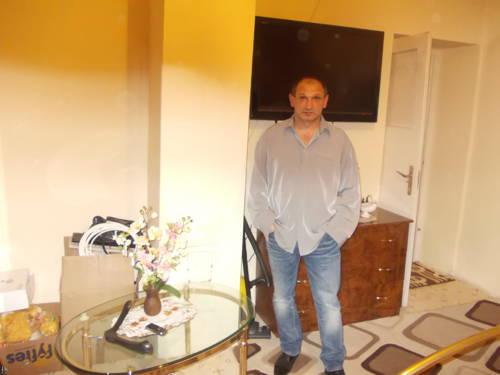 Rafael Tibi társkereső