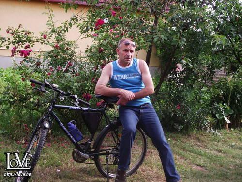 Tibor Attila társkereső