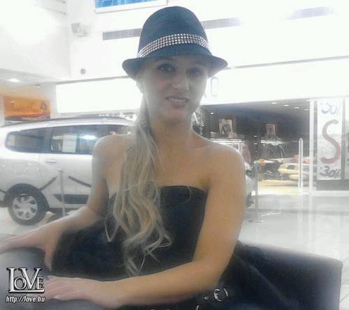Angelina0121 társkereső