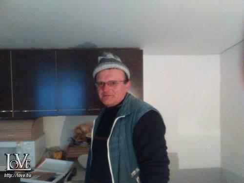 Berki Tibor János társkereső
