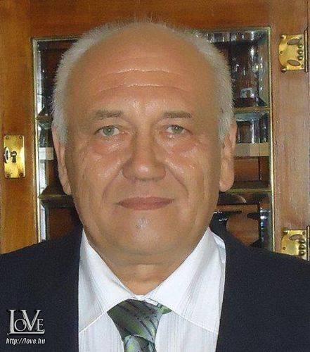 Szarka Tibor társkereső