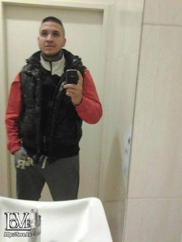 Tomyboy18 társkereső