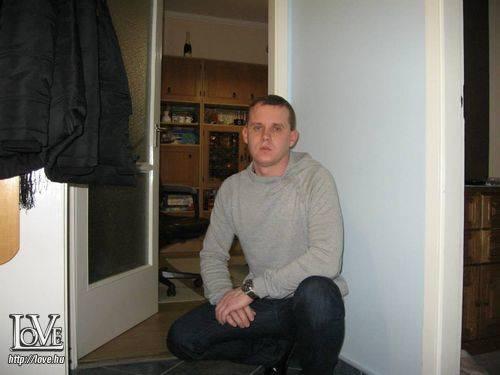 Tom83. társkereső