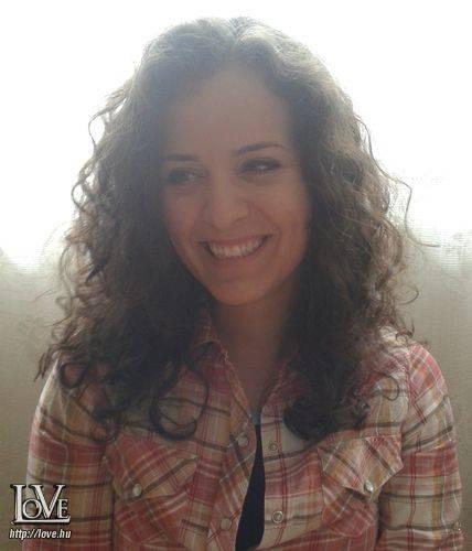 Zara White társkereső