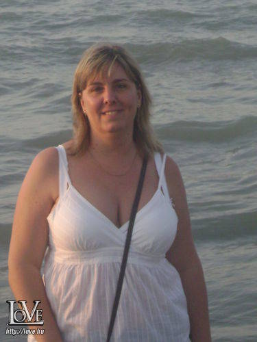 Fehér Andrea társkereső