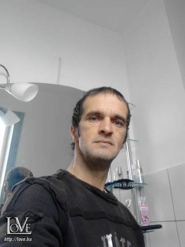 paucs.férfi társkereső