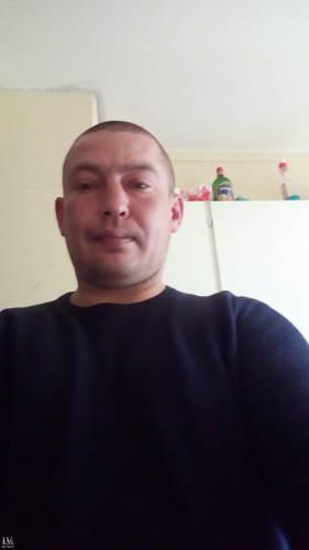 Simon82 társkereső