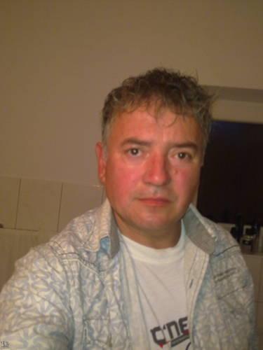 Dadics Tibor társkereső