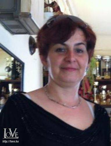 Csuti Andrea társkereső
