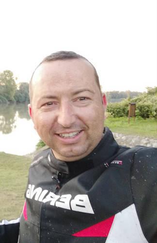 Móninger Csaba társkereső