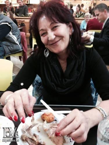 Kati Oláhne társkereső