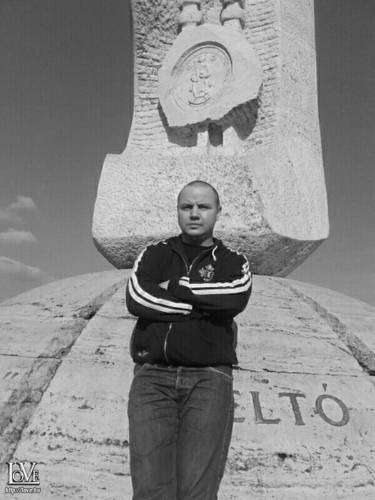 Károly1987 társkereső