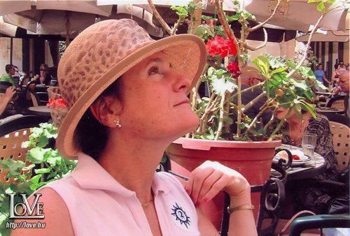 Nóra Anna társkereső
