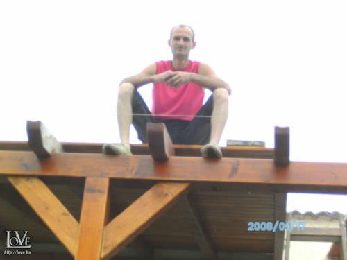 Gyuri Pigeon társkereső