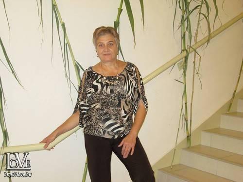 Éva Baranyi társkereső