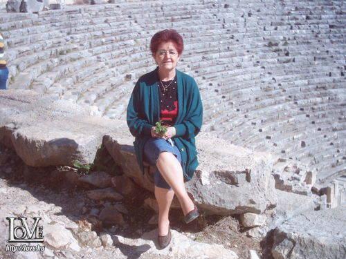 Anikó1947 társkereső