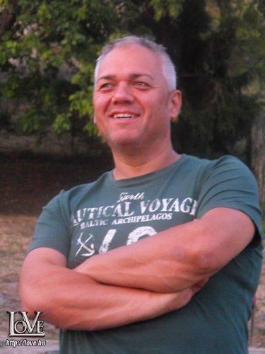 csingi társkereső
