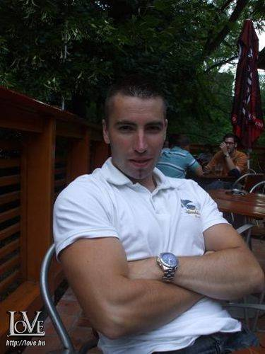 Zolcsi1981 társkereső
