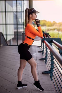 <a href='https://legalbeauty.com.au/product/London-Neon-orange-S/11?sc=gPup&imId=804' class='click-link'> London - Sportöv extra derékpánttal - Neon narancs | Product details >></a>