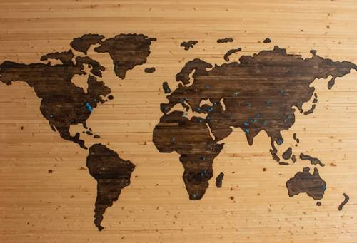 A fertőzöttek száma 237,8 millió, a halálos áldozatoké 4,85 millió a világon