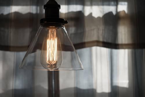 Tizedével csökkent az áramigény a járvány miatt