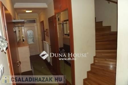 Eladó  családi ház Veszprém, 53.500.000 Ft, 109 négyzetméter
