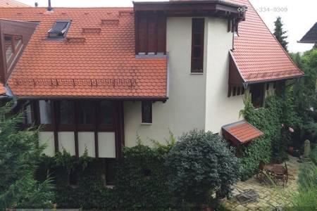 Eladó  családi ház Budapest XII. ker, 260.000.000 Ft, 242 négyzetméter