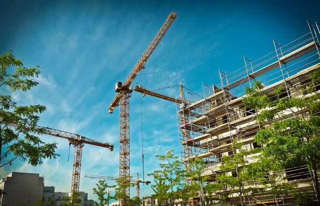 Szakértők szerint az 5 százalékos áfa fenntartása szükséges a bővülő lakásépítési teljesítmény folytatódásához