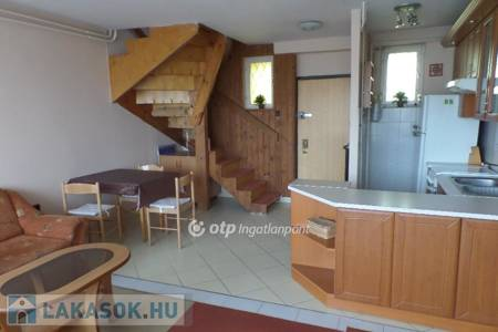 Eladó  lakás Budapest XIV. ker, 27.900.000 Ft, 43 négyzetméter