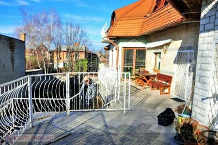 Eladó  családi ház Budapest XX. ker, 79.900.000 Ft, 390 négyzetméter