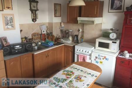 Eladó  lakás Zalaegerszeg, 12.000.000 Ft, 32 négyzetméter