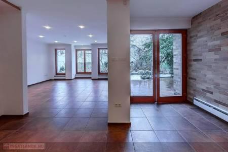 Eladó  lakás Szeged, Móraváros, 89.000.000 Ft, 250 négyzetméter