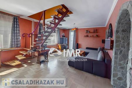 Eladó  családi ház Budapest XXII. ker, 79.900.000 Ft, 250 négyzetméter