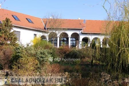 Eladó  családi ház Eger, 85.000.000 Ft, 157 négyzetméter