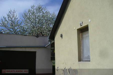 Eladó  családi ház Dunaújváros, 17.700.000 Ft, 150 négyzetméter