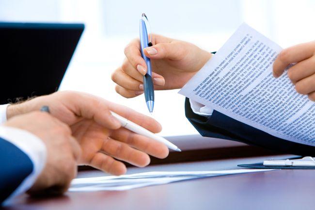 Ha a szerződésben leírt hiba jön létre, a biztosító kártérítést fizet