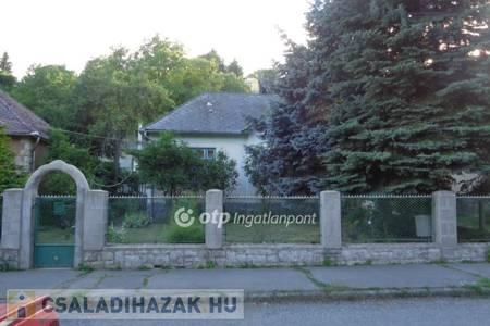 Eladó  családi ház Salgótarján, 8.200.000 Ft, 117 négyzetméter