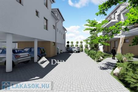 Eladó  lakás Kecskemét, 37.540.000 Ft, 80 négyzetméter