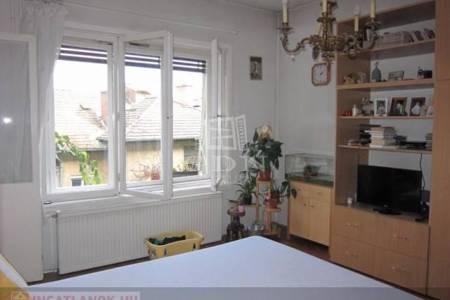Eladó  lakás Budapest I. ker, 47.000.000 Ft, 64 négyzetméter