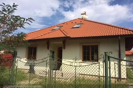 Eladó  ház Dunakeszi, 59.900.000 Ft, 200 négyzetméter