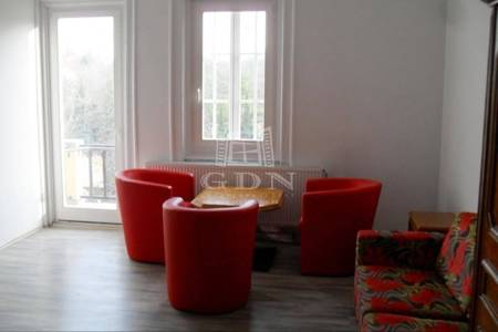 Eladó  lakás Veszprém, 23.850.000 Ft, 53 négyzetméter
