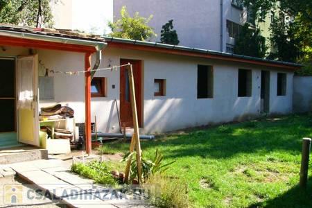 Eladó  családi ház Budapest X. ker, 45.900.000 Ft, 180 négyzetméter