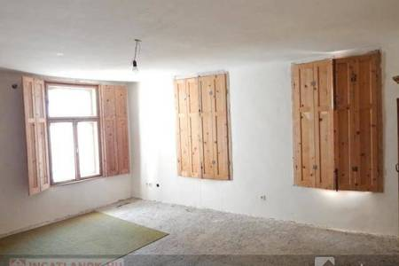 Eladó  ház Eger, 26.500.000 Ft, 254 négyzetméter